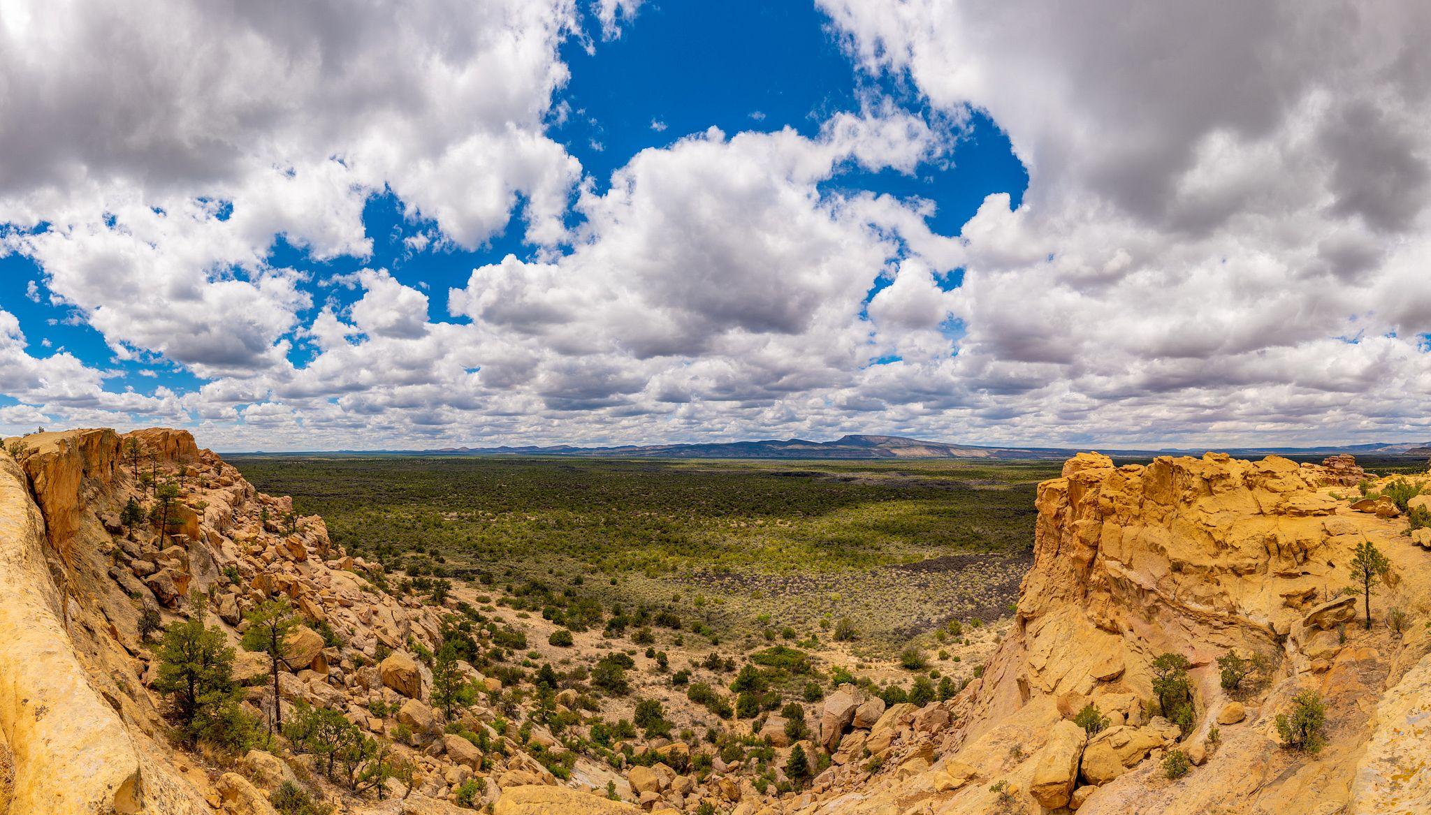 Sandstone Bluffs Overlook