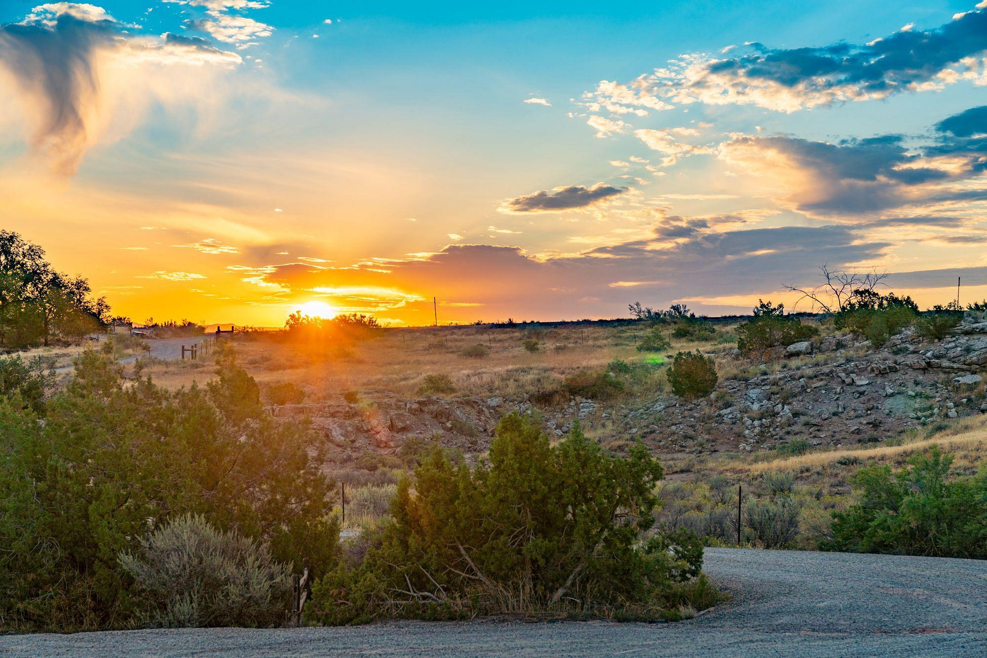 Monument Canyon Trailhead