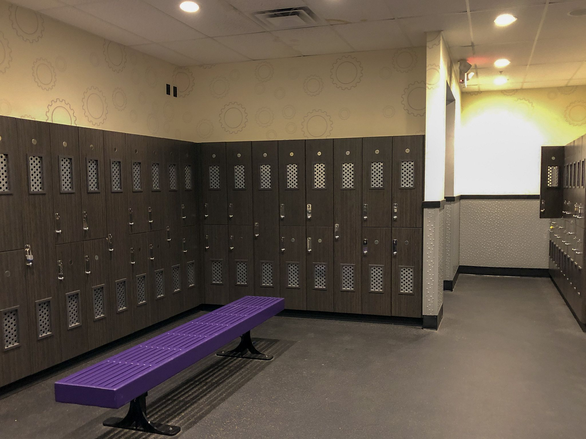 Planet Fitness Locker Rooms