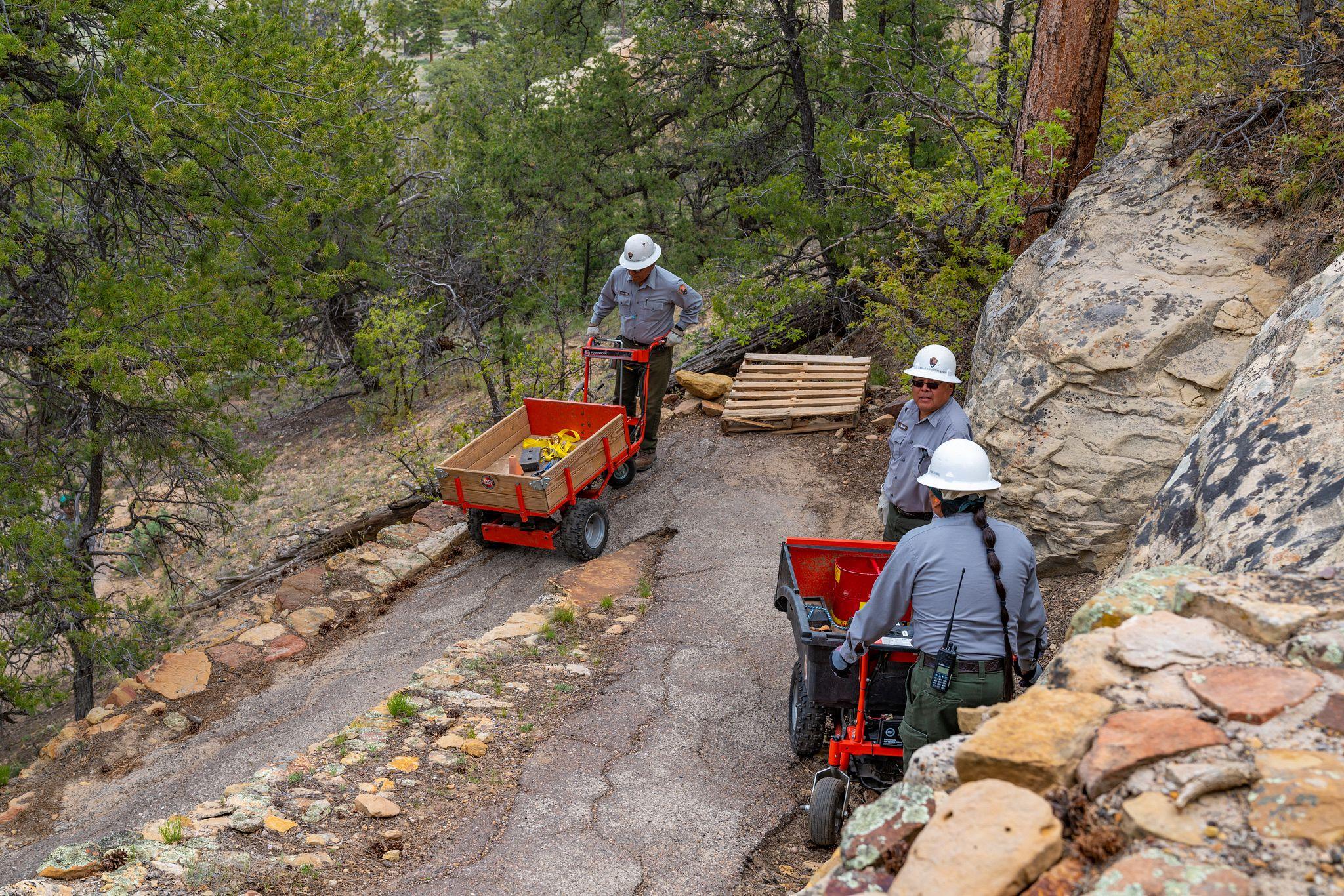 El Morro Trail Maintenance