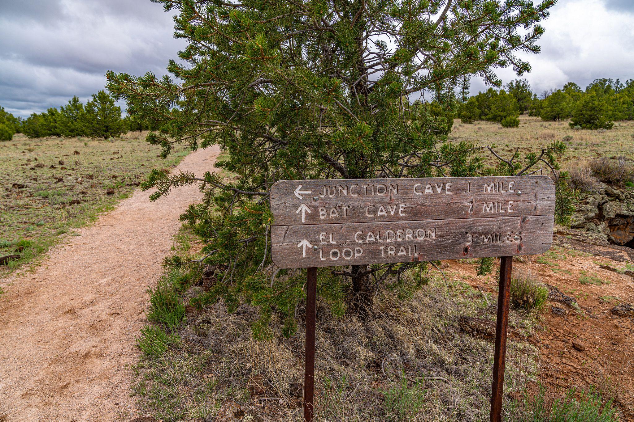 El Calderon Loop Trail
