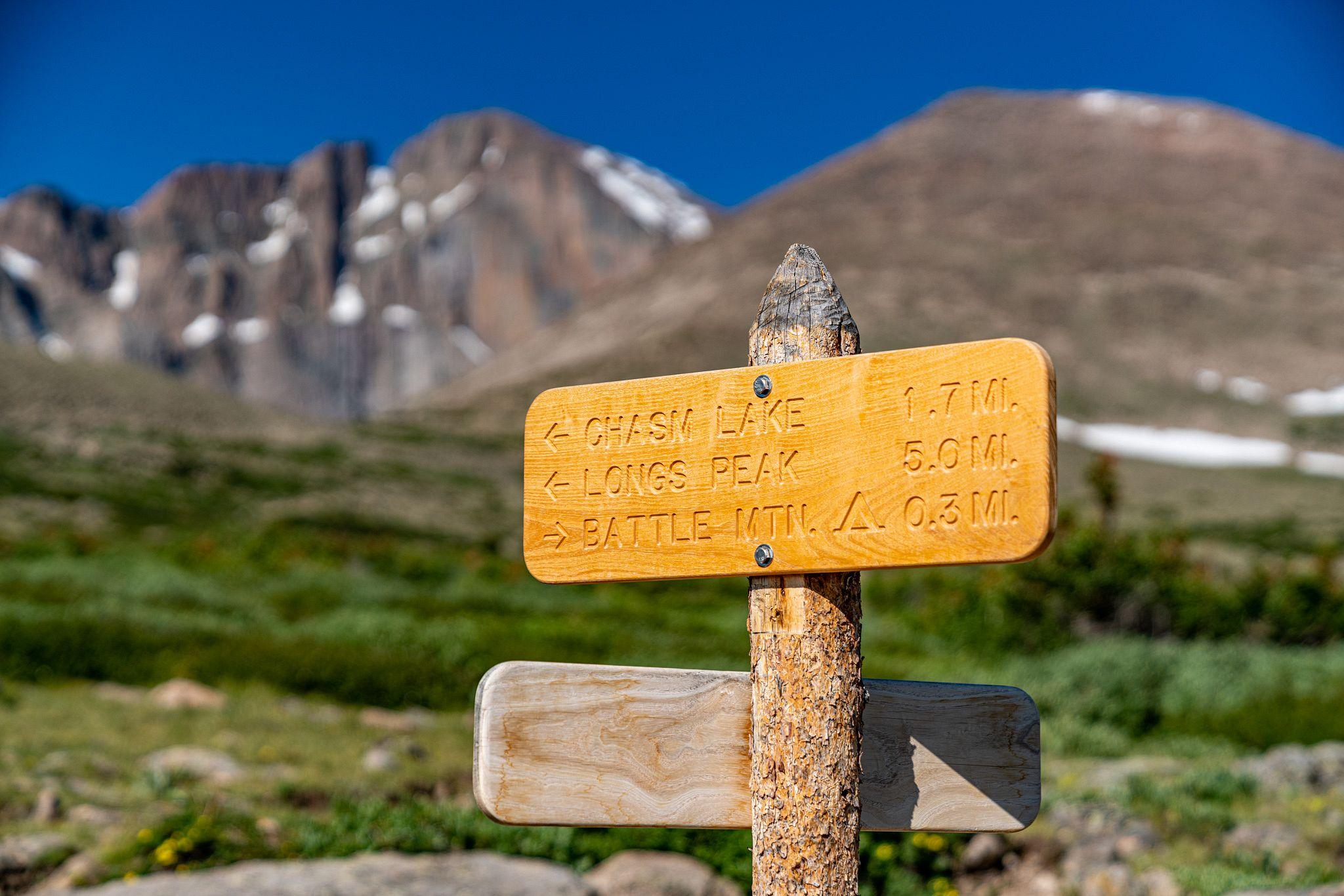 Longs Peak Sign