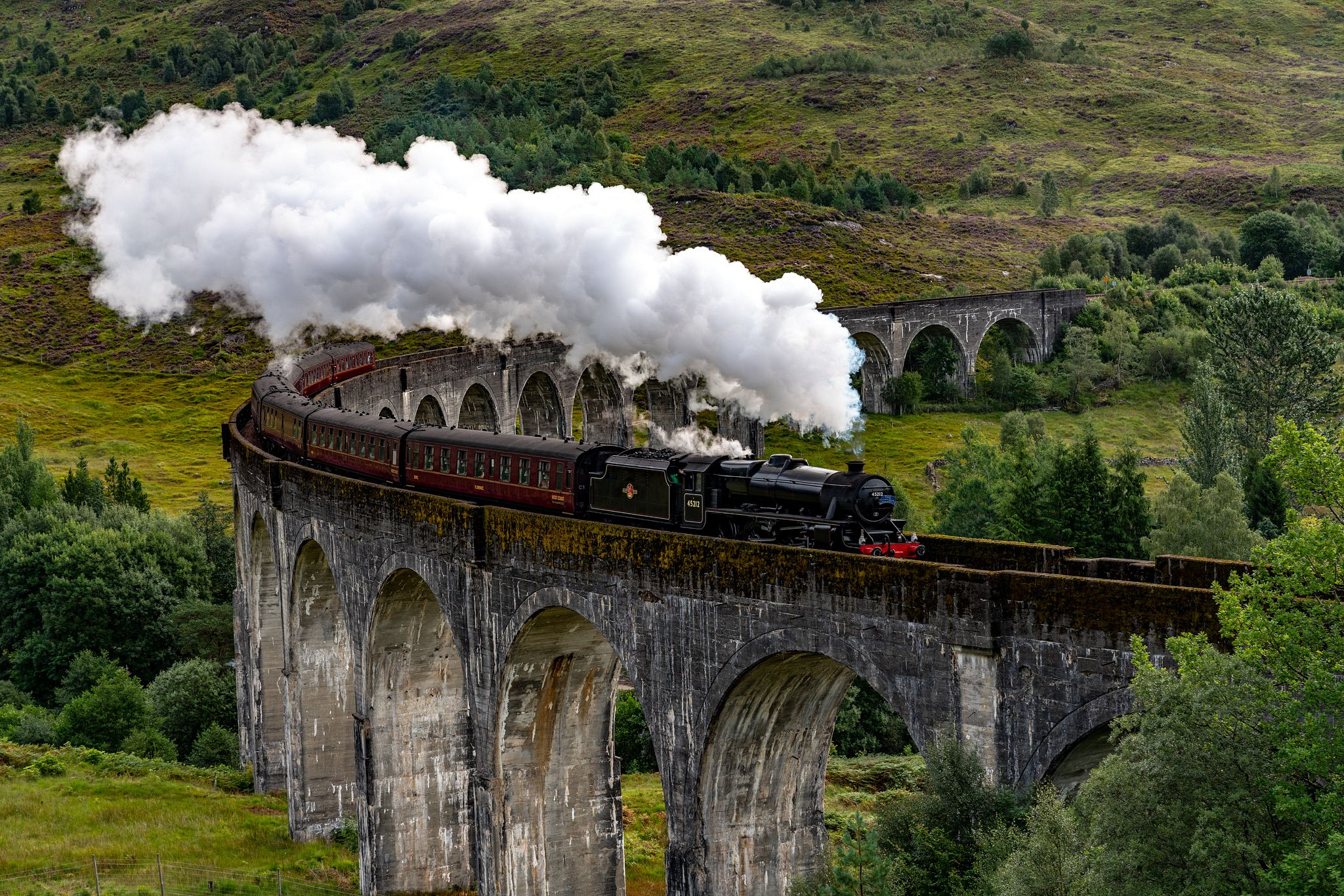 Jacobite Steam Train on the Glenfinnan Viaduct
